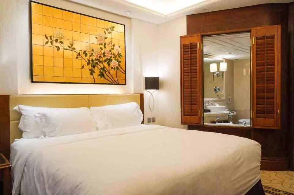 Langham-Hotels-7